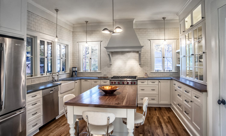 114-Woodlawn-Kitchen-03.jpg