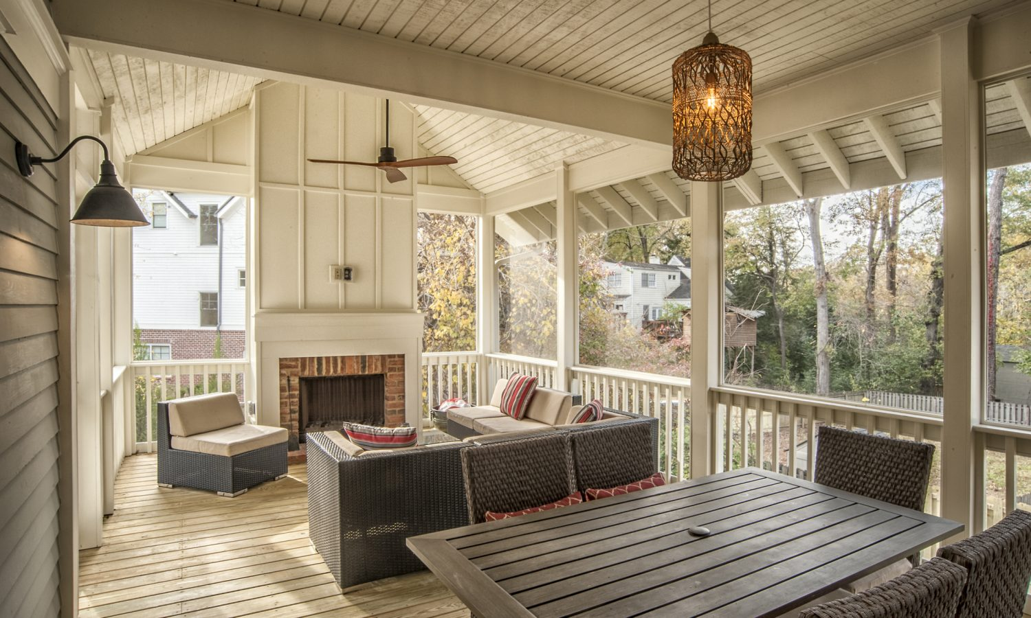 114-Woodlawn-Screened-Porch-04-1.jpg