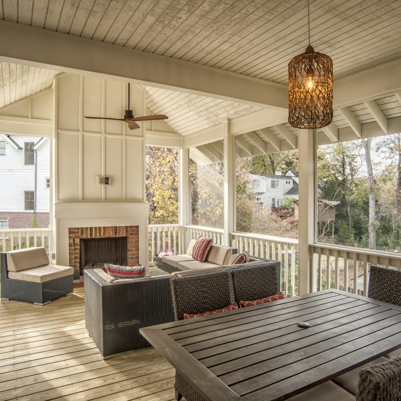 114 Woodlawn Screened Porch 04