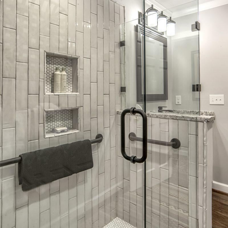 Ellis Bathroom 04